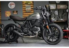 Ducati Scrambler Sixty2, Street Bikes, Motorbikes, Cars Motorcycles, Dreams, Vehicles, Blue, Motorcycles, Rolling Stock