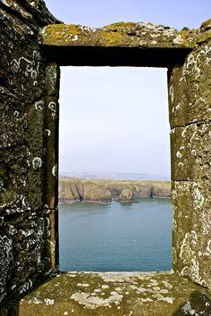 amymforsyth:  Dunnottar Castle, Scotland (March 2013)