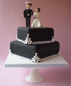Black and White Blossom Wedding Cake 2 Tier Wedding Cakes, Black Wedding Cakes, Black Wedding Dresses, Black Weddings, Beautiful Cakes, Amazing Cakes, Bride Groom, Wedding Inspiration, Wedding Ideas