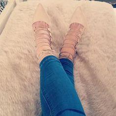 #iWear | iClothing Ballet Dance, Dance Shoes, Slippers, Fashion, Dance Ballet, Sneaker, Moda, La Mode, Dancing Shoes