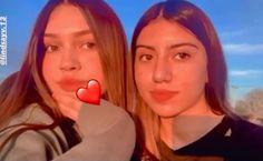 Teen Girl Photography, Rain Photography, Applis Photo, Fake Photo, Facial Exercises, Face Yoga, Chandler Bing, Sad Wallpaper, Fake Girls