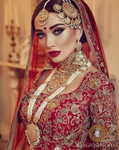 Kaniz Makeup :: Khush Mag - Asian wedding magazine for every bride and groom planning their Big Day Pakistani Bridal Makeup, Indian Wedding Makeup, Indian Bridal Makeup, Bride Makeup Asian, Bridal Beauty, Bridal Lehenga, Moda Indiana, Amy Jackson, Braut Make-up