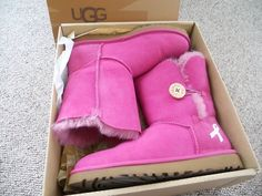 Breast Cancer Uggs! Awesome For The Cause!