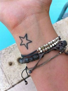 Die 65 Besten Bilder Von Stern Tattoo Star Tattoos Tattoo Ideas