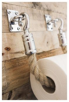 Nautical Bathroom Decor, Rustic Bathroom Designs, Bathroom Colors, Bathroom Sets, Bathroom Interior Design, Small Bathroom, Nautical Interior, Coastal Decor, Vintage Nautical Decor