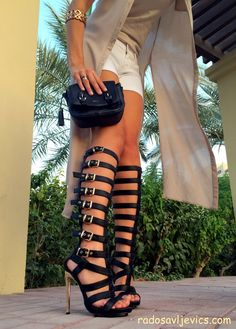 Outfits with Gladiator heels- They are all the rage within the fashion world these days. Be it Milan, Paris, London or Dubai, girls of all ages love to wear gladiator heels, sandals in a different way for different occasions. Stilettos, High Heels, Pumps, Cute Shoes, Me Too Shoes, Gladiator Sandals Outfit, Shoe Boots, Shoes Heels, Sandal Heels