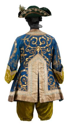 Léon Bakst Rear view of costume for a Marquis in The Sleeping Princess. Designed by Léon Bakst 1921 Museum no. Ballet Boys, Ballet Dancers, Theatre Costumes, Ballet Costumes, Victoria And Albert Museum, Costume Russe, Fancy Dress Ball, Russian Ballet, Period Costumes