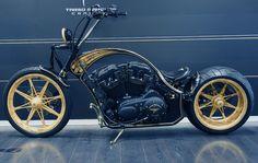 Harley Davidson Customizada a ouro. E 10 ou não?