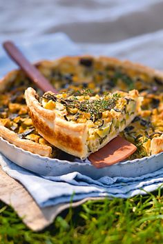 Smoothie Recipes 85962 Zucchini and Parmesan Confit Pie Recipe - Marie Claire Healthy Snacks To Buy, Easy Snacks, Healthy Breakfast Recipes, Healthy Smoothies, Easy Healthy Recipes, Smoothie Recipes, Vegetarian Recipes, Easy Meals, Tart Recipes
