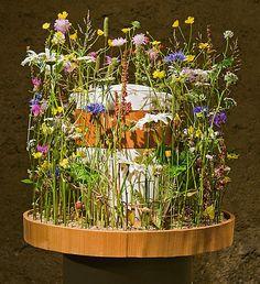 Die 28 besten Bilder von Urnenschmuck  Beerdigung blumen Grabschmuck und Blumen fr beerdigung