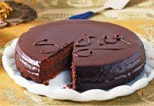 Tort Sacher cu ciocolata amaruie si gem fin de caise Fondant, Caramel, Cake, Desserts, Sticky Toffee, Tailgate Desserts, Candy, Deserts, Kuchen