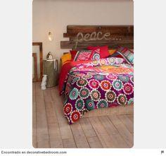 34 ideas de cabeceros de cama originales que puedes hacer tú mismo (DIY) - Trucos de bricolaje Comforters, Home Improvement, Blanket, Internet, Furniture, Bedrooms, Home Decor, Home Furniture