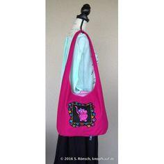 Eine Tasche mit Katzenmotiv von designed by Loralie Harris
