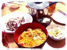 三つ葉を忘れまして。(´-ω-`) - 10件のもぐもぐ - 親子丼♡ by pikakin
