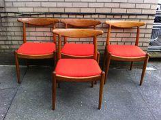 Hans Wegner W2 Dining Chairs  - Set Of 4