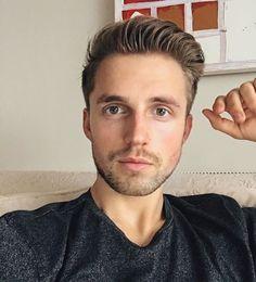 Marcus Butler, Youtubers, Instagram Posts