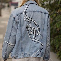 Custom hand painted jean jacket ropa reciclada manualidades r/streetwear - [ART] Custom hand painted unisex denim jacket. Link in comments. Painted Denim Jacket, Painted Jeans, Painted Clothes, Hand Painted, Custom Clothes, Diy Clothes, Kleidung Design, Denim Art, Denim Ideas