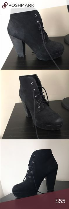 Wedged Booties 💥💥 Very hip booties, perfect for fall/ winter. Worn twice. More comfortable than they look, thanks to the platform wedge under the toe! Says size 10, but I am a 9, and they fit me perfectly... so they run small!! Steve Madden Shoes Heeled Boots
