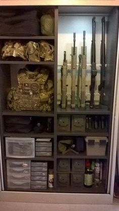 Airsoft Storage, Ammo Storage, Weapon Storage, Pistola Airsoft, Gun Safe Room, Gun Closet, Reloading Room, Tactical Gear, Tactical Wall
