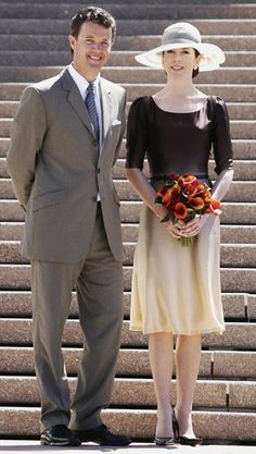 March 2005: Visiting Sydney Opera House: Princess Mary followed the ombre trend as soon as hit the runway, clever chicken.