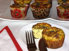 Reteta culinara Briose cu branza, morcov si dovlecel din categoria Aperitive / Garnituri. Cum sa faci Briose cu branza, morcov si dovlecel Muffin, Cooking, Breakfast, Food, Pie, Kitchen, Morning Coffee, Eten, Cupcakes