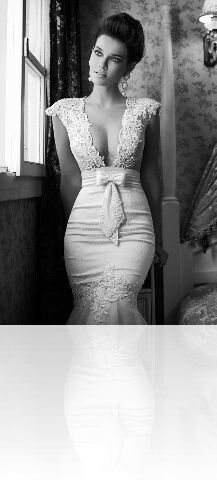 beautiful lace dress with waist bow