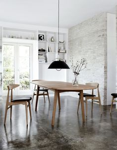 CH33 chair by Hans Wegner.