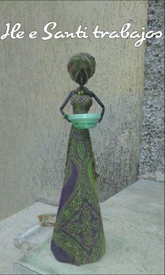 Africana con cesto by Santino Cossu e Ilenia Pintus