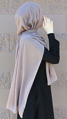 "- Hijab : ""Dubai"" Chiffon Hijab Check out our collection www.lissomecollec..."