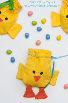 Sew a drawstring chick treat bag, perfect for filling with Easter treats! This is a quick and easy sewing project that would make a great addition to your kids Easter baskets!
