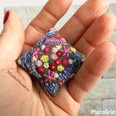 "2,723 gilla-markeringar, 37 kommentarer - ❤️Russia Moscow Miniature (@miniarthouse) på Instagram: ""#miniature #miniatures #dollhouse #dollhouseminiatures #embroidery #handmade #handembroidery…"""