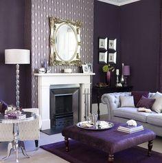 Sala luxo em tons violeta com prata. #luxury #room #purple #silver  #living #gorgeous #Decoração #sala #room #living  #decoration #ornamentos #composição #detalhes #details #decor #adornment #ornament  #Casa #lar #home #house #maison #poltrona #armchair #fauteuil #Cadeira #chair #chaise #chaise long #Puff