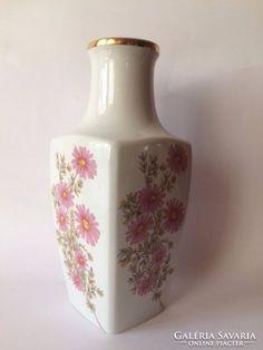 Nagyon szép Hollóházi váza Porcelain Ceramics, Home Decor, Homemade Home Decor, Porcelain, Decoration Home, Interior Decorating, Tableware