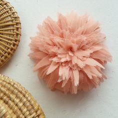 Fabric Flower Tutorial & Headband Spring Trendy  - PDF epattern - make hair bands, bridal flower garter - fabric sewing pattern by Soles on Etsy https://www.etsy.com/listing/80973250/fabric-flower-tutorial-headband-spring
