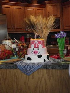 and nowon to the cake...I think Miss Robin at Harris Teeter could do this!  :-)