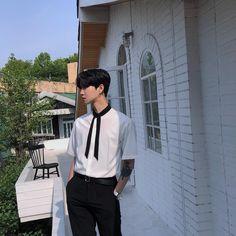 cute boy ulzzang 얼짱 hot fit kawaii adorable korean pretty handsome beautiful japanese asian soft aesthetic 男 男の子 g e o r g i a n a : 人 Asian Men Fashion, Korean Fashion Trends, Korean Street Fashion, Boy Fashion, Mens Fashion, Fashion Ideas, Hot Korean Guys, Korean Boys Ulzzang, Korean Men