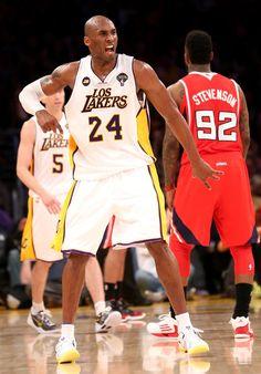 Kobe Bryant Photo - Atlanta Hawks v Los Angeles Lakers