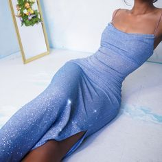 Mairaly (me-re-ly) 🇩🇴 ( 90s Prom Dresses, Deb Dresses, Pretty Prom Dresses, Prom Outfits, Mode Outfits, Ball Dresses, Elegant Dresses, Cute Dresses, Beautiful Dresses