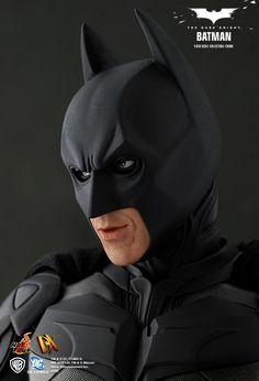 Batman - The Dark Knight: Batman, Deluxe-Figur (voll beweglich), Hot Toys Batman The Dark Knight, Batman Gotham Knight, The Dark Knight Trilogy, Im Batman, The Dark Knight Rises, Batman Arkham, Batman Christian Bale, Dc Comics, Batman Comics