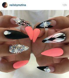 Love these @nailsbymztina so much!