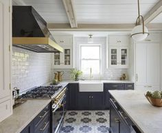 Modern blue and white kitchen navy blue kitchen with cement tile floor subway tile and modern Cottage Kitchen Tiles, White Kitchen Decor, Cottage Kitchens, Kitchen Interior, Layout Design, Design Design, Design Elements, Interior Design, French Country Kitchens