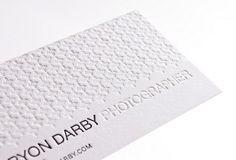 ユニーク な最新デザイン紙カスタム名刺印刷デボス/letterpressed 350gsm 90*54 ミリメートル ホワイト クリア特殊紙200 ピース(China (Mainland))