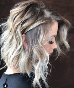 "290 Likes, 6 Comments - Hairfashionbrasil (@hairfashionbrasil) on Instagram: ""Aquele Curtinho que a Gente Sonha um Dia pra Gente✨#longbob #longbobblond #cortedesign #loira…"""
