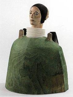 舟越桂・肩で眠る月 Moth Sleep in Shoulder by Katsura Funakosi