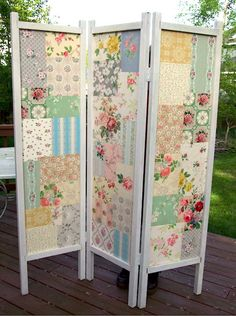 Platform decor...   Patchwork DIY folding screen. I always wanted to have a pretty folding screen. Now I can make my own customized one.