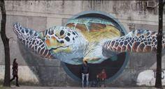 Matt Fox-Tucker, fundador de buenosairesstreetart.com nos lleva a descubrir la explosiva y talentosa escena del arte urbano en Buenos Aires, Argentina. La se...