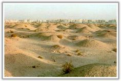 A'ali burial mounds (largest pre-historic cemetry in the world with 150,000 - 170,000 graves and more than 4000 years old).
