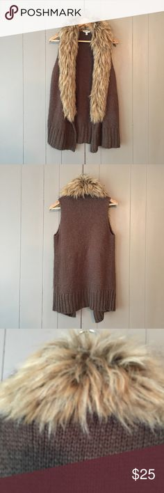 "BB Dakota Lita Knit Faux Fur Trim Sweater Vest✨ Super chic vest in excellent used condition! Armpit to armpit stretches to 20"". Length is 30-32"". Offers are welcome. ☺️ BB Dakota Jackets & Coats Vests"