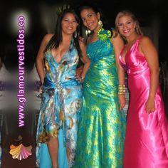 Generalmente las chicas con tez blanca, lucen más los vestidos de noche en colores brillantes como rojos, amarillos, naranjas, rosas o violetas. Para las pieles morenas, es más aconsejable tonos como azul marino, negro o gris oscuro.