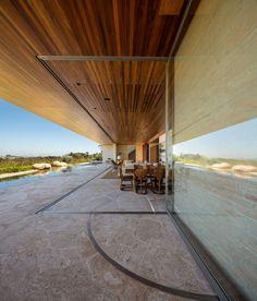 Estúdio Arthur Casas projeta uma casa contemporânea, MS House é uma casa localizada em São Paulo , Brasil. WWW.BLANNK.COM.BR
